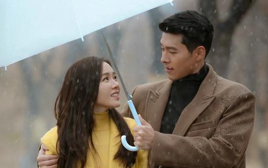 Tin tức giải trí mới nhất ngày 2/1: Tóc Tiên tiết lộ lý do không đeo nhẫn cưới - Ảnh 2