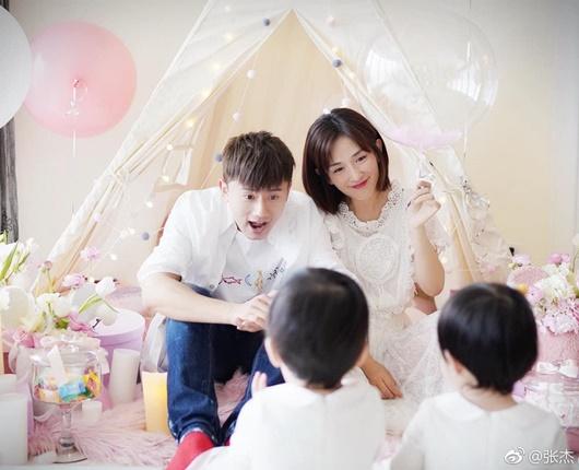 Tin tức giải trí mới nhất ngày 2/1: Tóc Tiên tiết lộ lý do không đeo nhẫn cưới - Ảnh 4