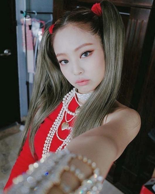 Kiểu tóc tưởng chỉ dành cho bé gái được sao nữ Hoa - Hàn đua nhau diện, xinh xắn không phân thắng bại - Ảnh 5