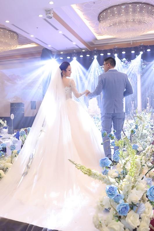 Ca sĩ Tân Nhàn kết hôn lần 2, danh tính chồng được giữ kín - Ảnh 2