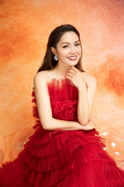 Nguyễn Ngọc Anh khoe nhan sắc ngọt ngào tuổi 40 bên con gái - Ảnh 9