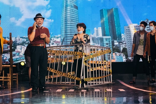 Nghệ sĩ Trung Dân cùng dàn sao trẻ tái hiện năm 2020 ngập lo lắng và drama trong chương trình cuối năm - Ảnh 2