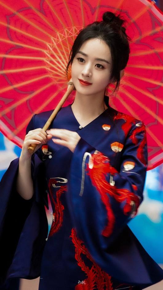 Mỹ nhân Hoa ngữ diện trang phục cổ phong, có người tưởng không hợp mà lại hợp không tưởng - Ảnh 2