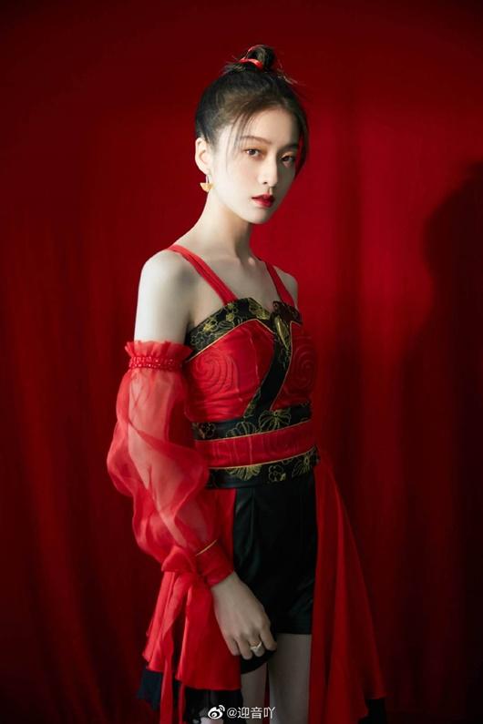 Mỹ nhân Hoa ngữ diện trang phục cổ phong, có người tưởng không hợp mà lại hợp không tưởng - Ảnh 10