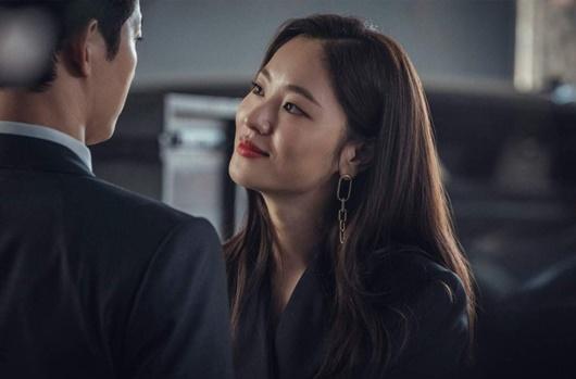 Người tình màn ảnh mới của Song Joong Ki: Đẹp lạ, thần thái sang chảnh hết nấc - Ảnh 9