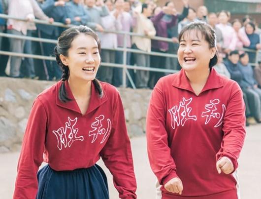 """Câu chuyện xúc động về mẹ khiến nữ đạo diễn """"công phá"""" phòng vé Trung Quốc, khán giả xem xong đều khóc - Ảnh 2"""