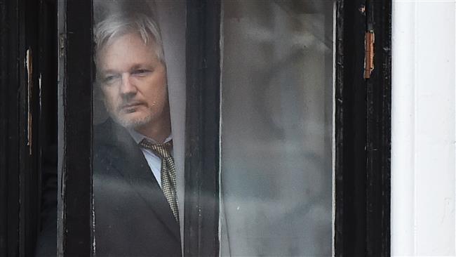 """WikiLeaks bất ngờ hủy """"bom tấn"""" hạ gục bà Clinton - Ảnh 1"""
