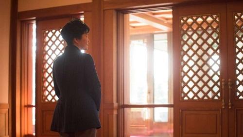 Hàn Quốc: Tổng thống bị cáo buộc thông đồng trong vụ bê bối tham nhũng - Ảnh 1