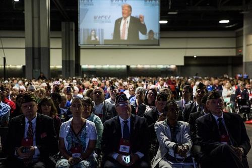 Nhiều cựu chiến binh Mỹ bất ngờ quay sang ủng hộ Donald Trump - Ảnh 1