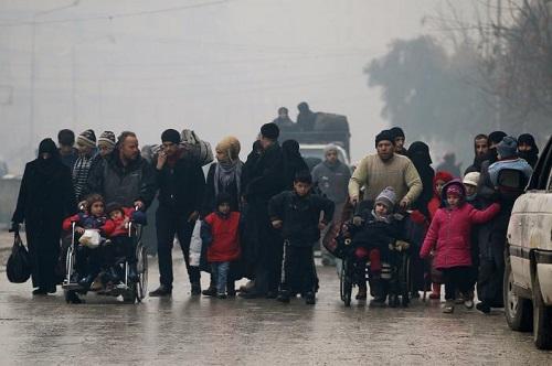 Syria: Lực lượng ủng hộ Assad ngăn chặn sơ tán người dân khỏi Aleppo - Ảnh 2