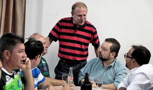 Nguyên nhân 4 người không lên máy bay rơi ở Colombia - Ảnh 1