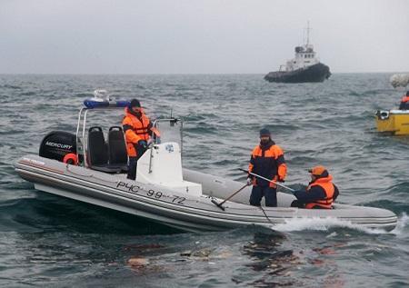 Vụ máy bay Tu-154 rơi ở Biển Đen: Trục vớt phần thân, chưa tìm thấy hộp đen - Ảnh 1