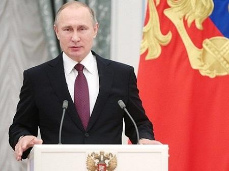 Tổng thống Nga Putin gửi lời chúc mừng năm mới tới Donald Trump - Ảnh 1