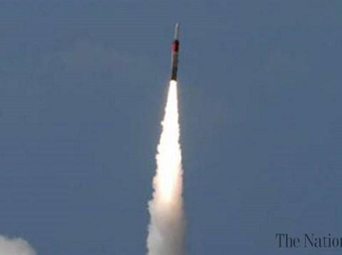 Israel triển khai Arrow 3, tên lửa đánh chặn mục tiêu ngoài vũ trụ - Ảnh 1