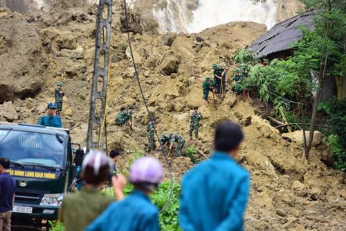 Hòa Bình công bố tình trạng khẩn cấp về thiên tai, sạt lở đất do ảnh hưởng mưa lớn - Ảnh 1