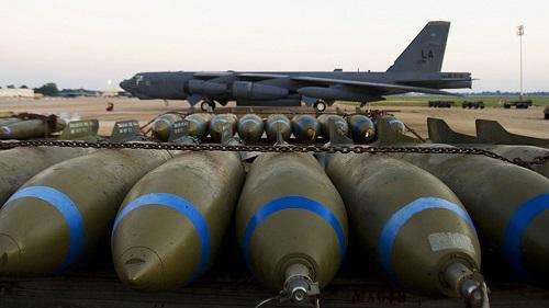 Mỹ sắp chuyển máy bay B-52 sang trạng thái ném bom hạt nhân - Ảnh 1