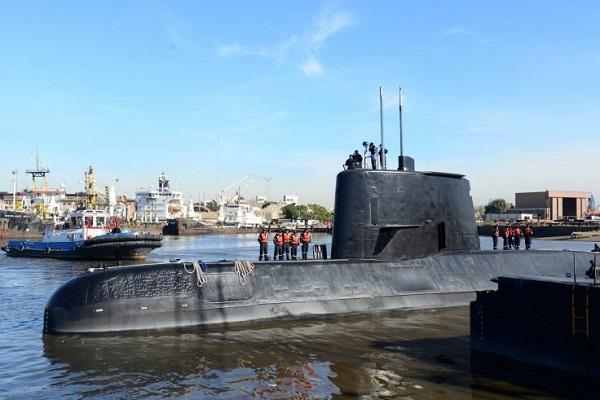 Hé lộ lời nhắn cuối cùng của chỉ huy tàu ngầm Argentina mất tích - Ảnh 1