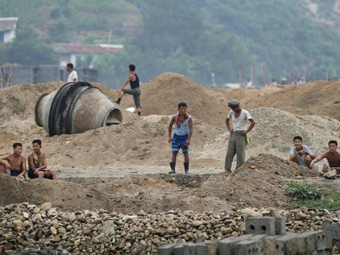 Người đào tẩu kể về 'dịch bệnh ma' gần khu vực Triều Tiên thử hạt nhân - Ảnh 1