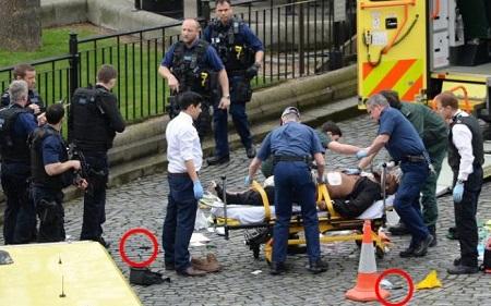 Khủng bố ngoài tòa nhà QH Anh, ít nhất 5 người chết - Ảnh 1