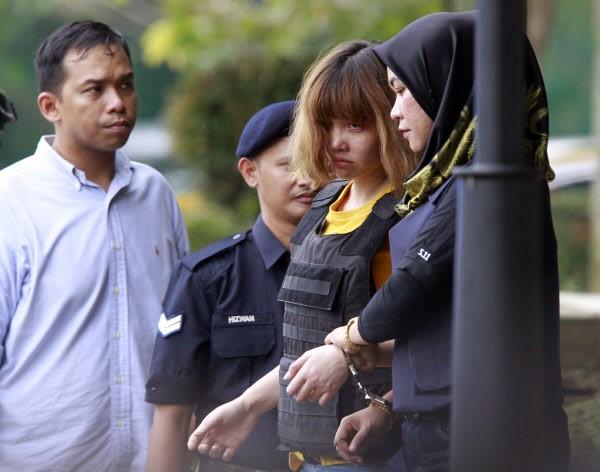 9 người tham gia bảo vệ Đoàn Thị Hương trong phiên tòa ngày mai - Ảnh 2