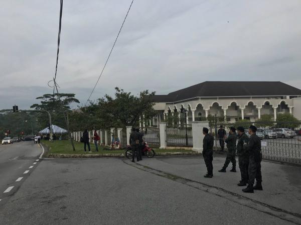 Đoàn Thị Hương sẽ ra tòa lần 3 vào ngày 30/5 - Ảnh 5
