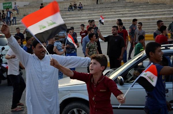 Iraq tuyên bố đánh bại IS, giải phóng thành phố Mosul - Ảnh 2