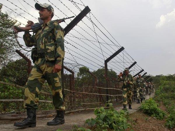Ấn Độ lên tiếng về tin Trung Quốc tấn công tên lửa làm gần 160 binh sĩ thiệt mạng - Ảnh 1
