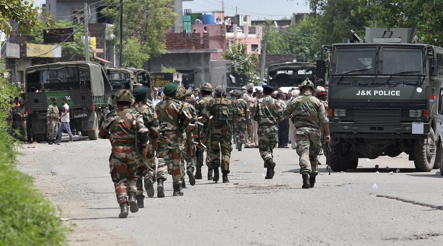 Trung Quốc yêu cầu Ấn Độ rút 200.000 quân khỏi biên giới - Ảnh 1