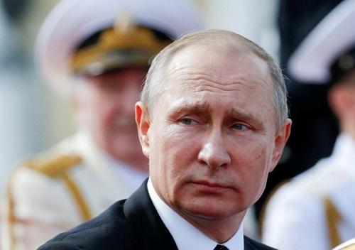 Nga 'trả đũa', trục xuất 755 nhà ngoại giao Mỹ - Ảnh 1