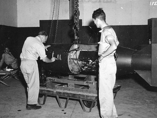 Tiết lộ quá trình Mỹ chuẩn bị bom nguyên tử ném xuống Nhật Bản - Ảnh 2
