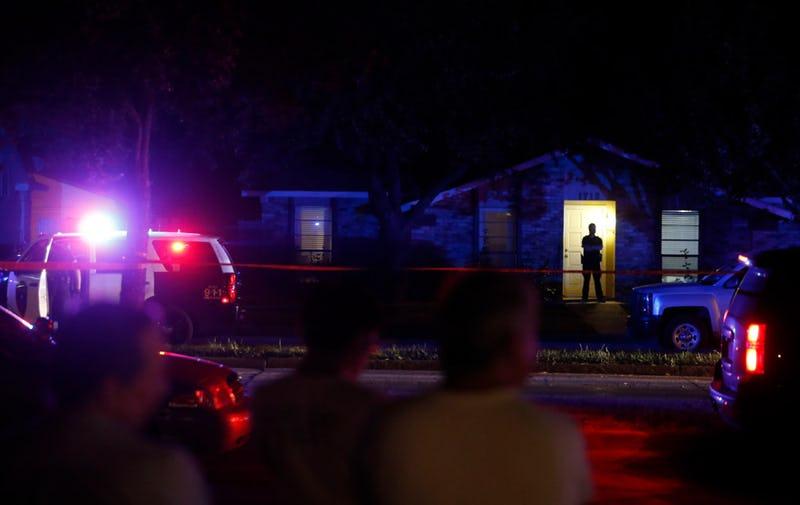 Xả súng liên tiếp tại Mỹ, 8 người thiệt mạng - Ảnh 1