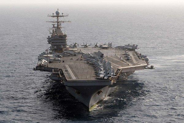 Mỹ điều tàu sân bay hỗ trợ Florida sau siêu bão Irma - Ảnh 1