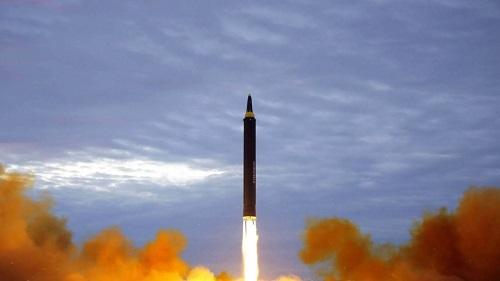"""Mỹ yêu cầu Trung Quốc có """"hành động trực tiếp"""" đáp trả Triều Tiên  - Ảnh 1"""