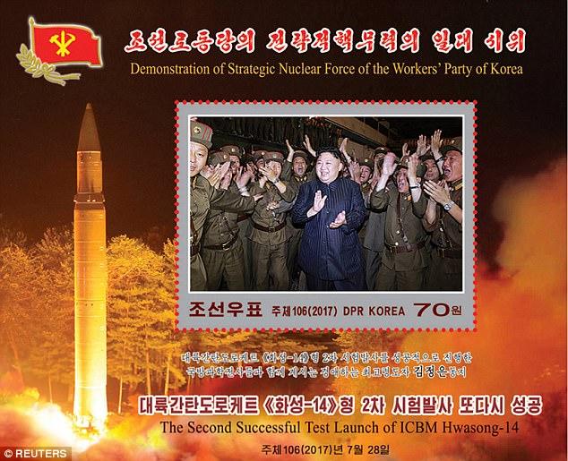 """Triều Tiên công bố bộ """"tem tên lửa"""" giữa căng thẳng - Ảnh 1"""
