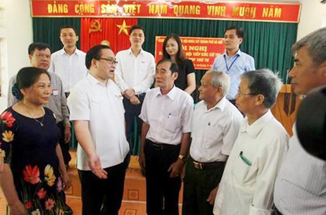 """Bí thư Hà Nội: Xử lý nghiêm cán bộ """"vòi vĩnh"""", gây khó khăn cho dân - Ảnh 1"""