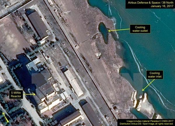 Phát hiện dấu hiện Triều Tiên bắt đầu thử lò phản ứng hạt nhân? - Ảnh 1