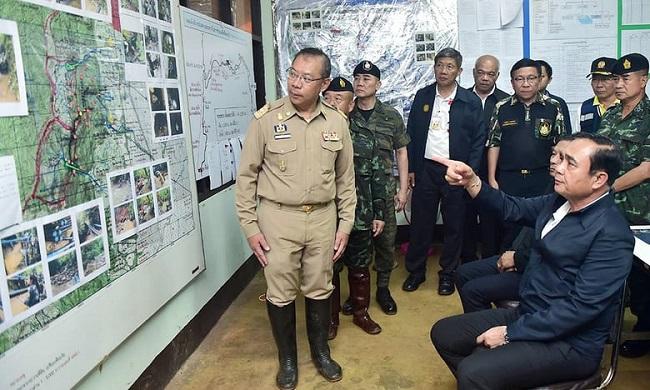 Chiến dịch cuối giải cứu đội bóng nhí Thái Lan: Toàn bộ 12 cầu thủ và huấn luyện viên đã ra khỏi hang an toàn - Ảnh 5