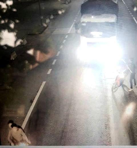 Vụ côn đồ dọa chém tài xế trong hầm BOT ở Huế: Công an thu giữ cây rựa dài 88cm - Ảnh 2