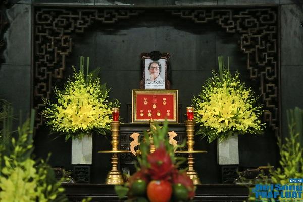 NSND Tiến Đạt, Tùng Dương, Thanh Lam và đồng nghiệp xúc động đưa tiễn nhạc sĩ Phó Đức Phương - Ảnh 1