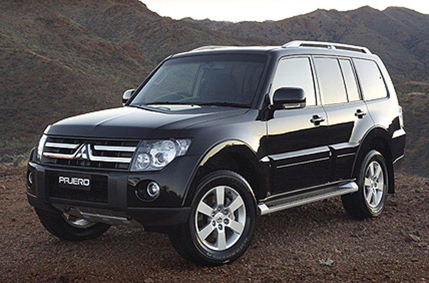 Xe sang Mitsubishi Pajero giảm mạnh 214 triệu, gia nhập cuộc đua giảm giá - Ảnh 1