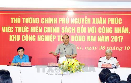 Thủ tướng Nguyễn Xuân Phúc đối thoại với công nhân Đồng Nai - Ảnh 1