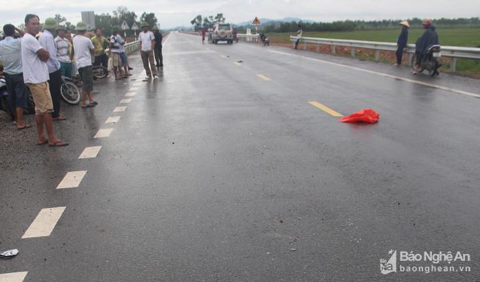 Tin tai nạn giao thông mới nhất ngày 4/10/2017 - Ảnh 2