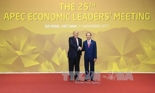 Tổng thống Hợp chúng quốc Hoa Kỳ Donald Trump bắt đầu thăm cấp Nhà nước Việt Nam - Ảnh 1