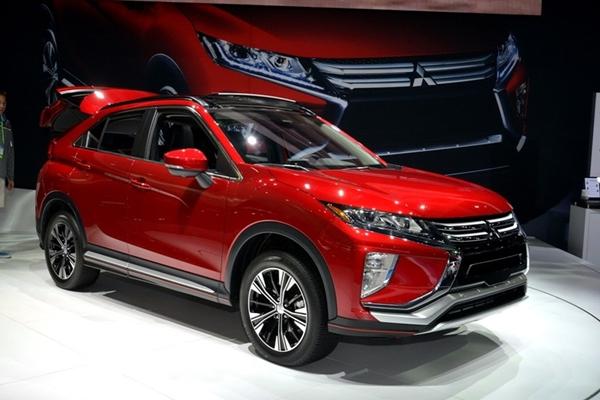 """""""Soi"""" mẫu xe Mitsubishi Eclipse Cross giá chỉ 526 triệu đồng - Ảnh 2"""