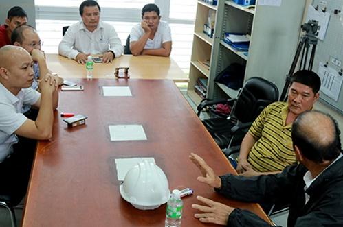 Chủ đầu tư BOT Ninh An đối thoại với tài xế phản đối trạm - Ảnh 2