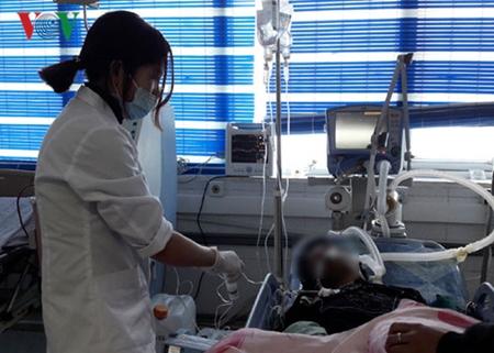 6 nạn nhân tử vong, 15 người nhập viện cấp cứu vì ngộ độc thực phẩm - Ảnh 1