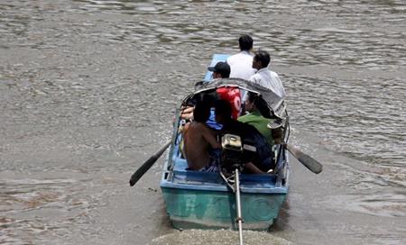 Tìm thấy thi thể bé trai 11 tuổi bị nước cuốn trên sông Sài Gòn - Ảnh 1