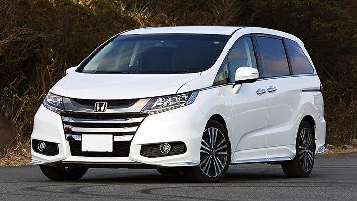 Ô tô giảm giá sốc gần 200 triệu trong tháng 7 - Ảnh 1