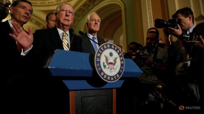 Thượng viện Mỹ không thông qua dự luật hủy bỏ Obamacare - Ảnh 1