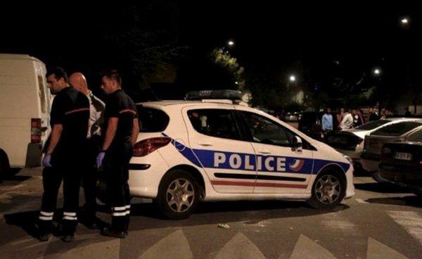 Giữa đêm khuya, xả súng tại đền thờ Hồi giáo ở Pháp 8 người trọng thương - Ảnh 1